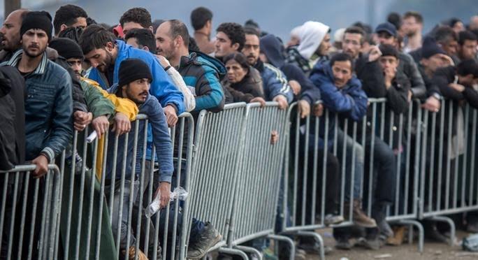 دول الفيسجارد تصر على رفض إعادة توزيع اللاجئين بنظام الحصص