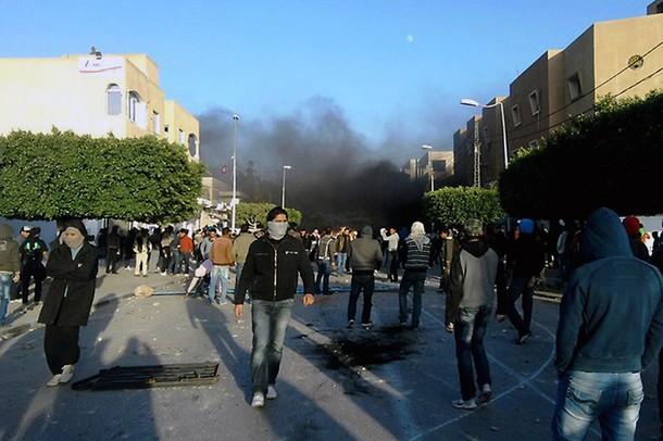 تعزيزات أمنية في سيدي بوزيد بتونس بعد مقتل شخص