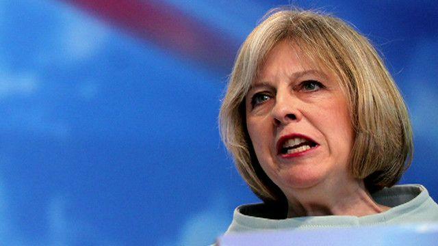 هل تصمد حكومة الأقلية البريطانية برئاسة ماي أمام الأنواء؟