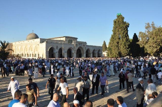 مواجهات بعد أداء الصلاة في الشوارع المحيطة بالمسجد الأقصى