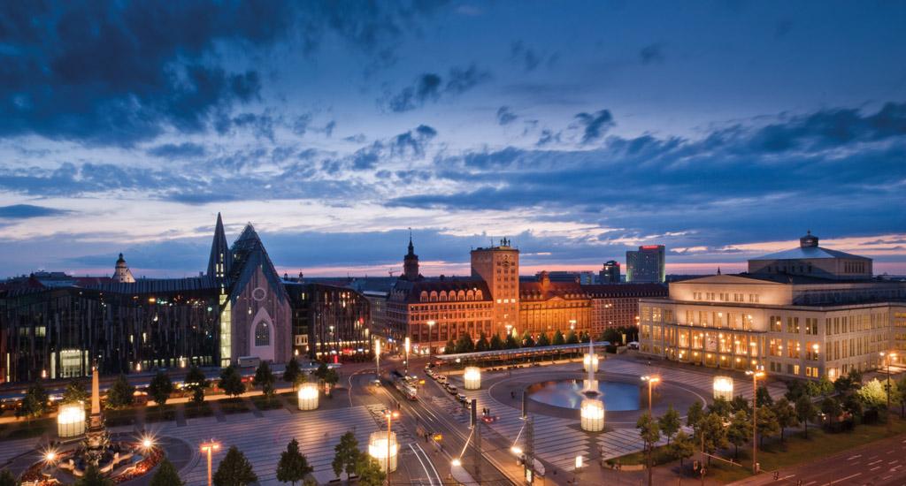 مواطنو شرق ألمانيا يعملون لساعات أطول ويكسبون نقودا أقل