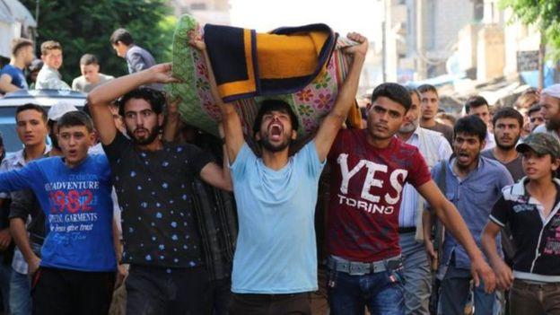 """إدانات دولية لمقتل سبعة من متطوعي """"الخوذ البيضاء"""" في سوريا"""