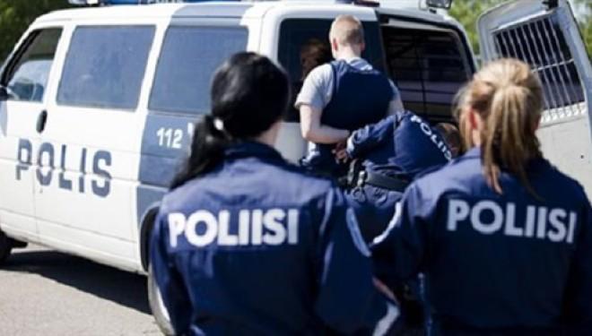 الشرطة الفنلندية تحتجز مشتبها به بعد مقتل شخصين طعنا