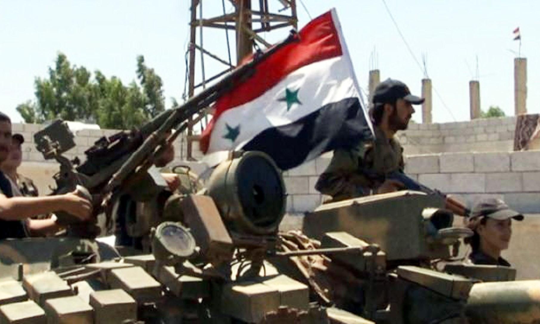 القوات الحكومية السورية تمشط عقيربات وهروب المئات من المدنيين