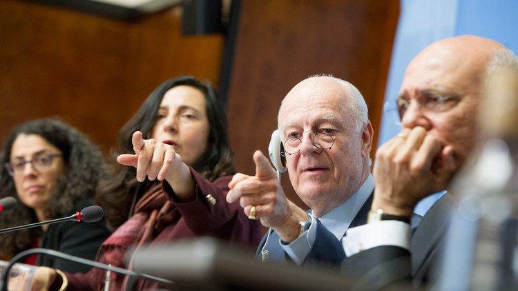 ديمستورا : يعلن جولة ثامنة لجنيف وروسيا تنكر قصف إدلب