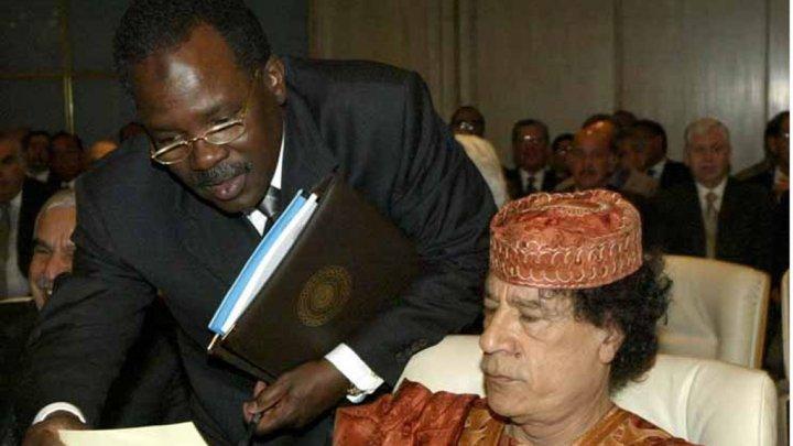 بشير صالح مع القذافي