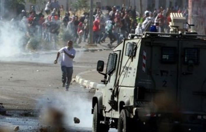 مقتل فلسطينيين وإصابة 300 في مواجهات مع الجيش الإسرائيلي