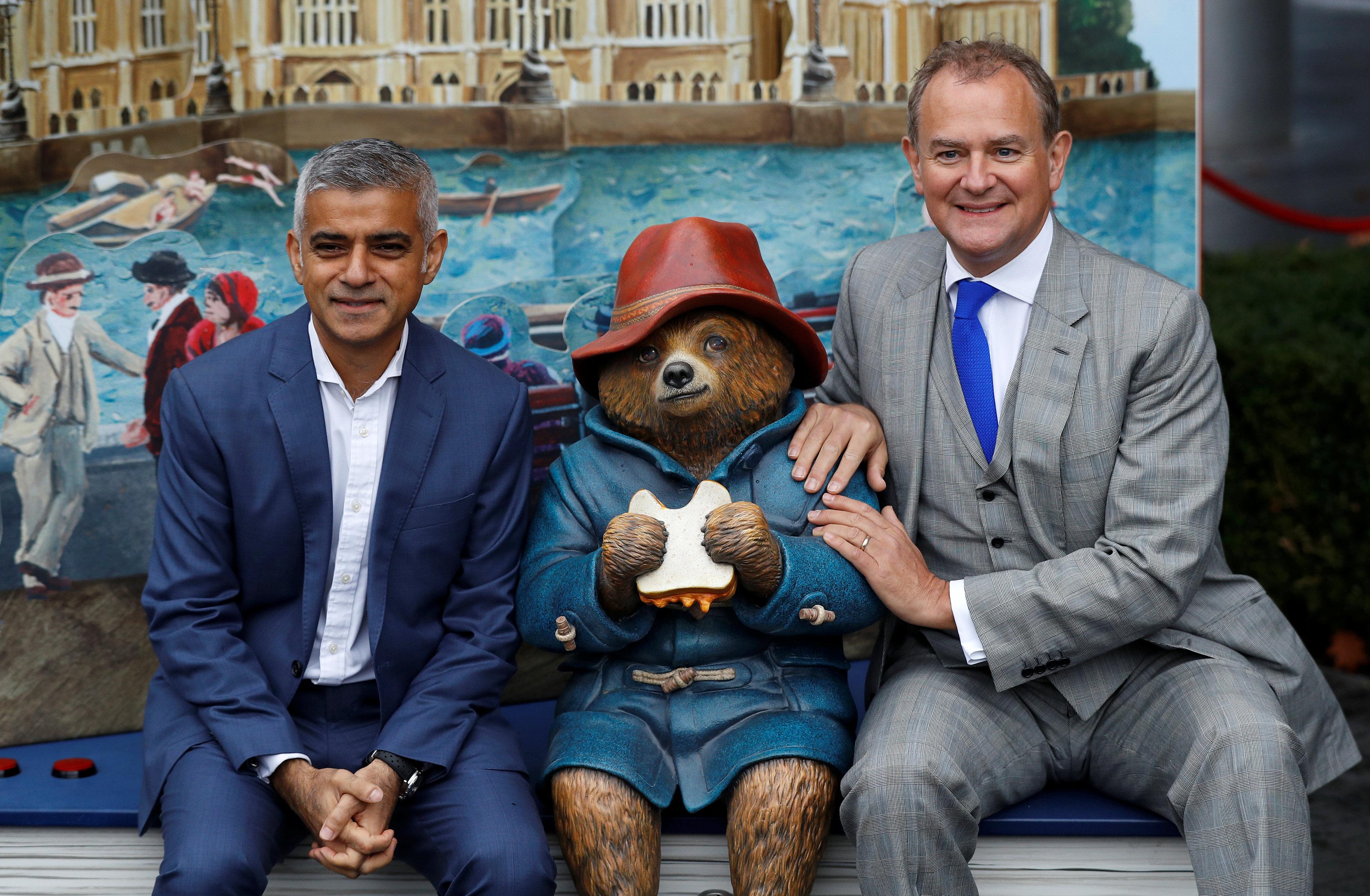 عمدة لندن يشارك في اطلاق فيلم الدب بادنجتون 2