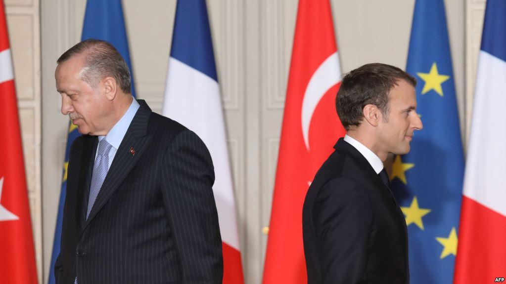"ماكرون""متشكك"" وإردوغان""سئم"" من مفاوضات انضمام تركيا"