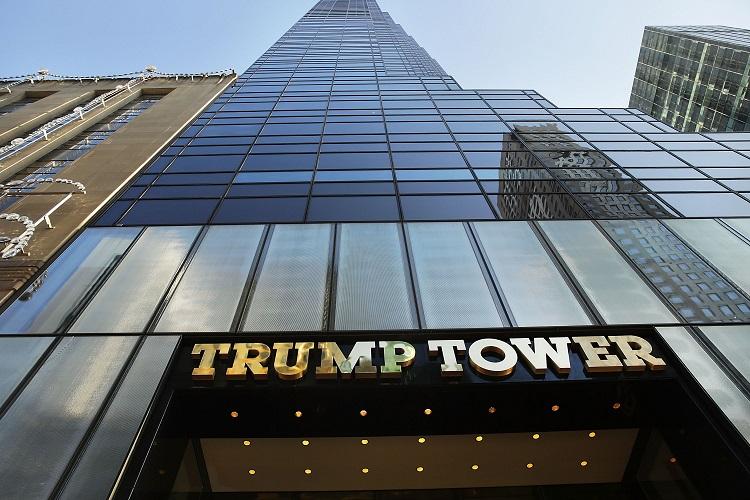 إصابة ثلاثة أشخاص بحريق في برج ترامب في نيويورك