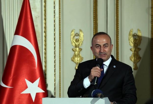 تركيا تستدعي سفيري روسيا وإيران احتجاجا على عمليات إدلب