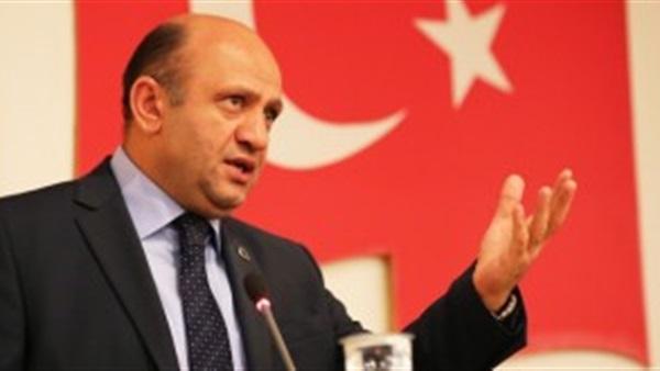 تركيا تقصف عفرين ووزير دفاعها يؤكد بدء العملية