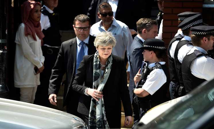 """حزب المحافظين البريطاني يحث ماي على """"تحديد تاريخ""""للاستقالة"""