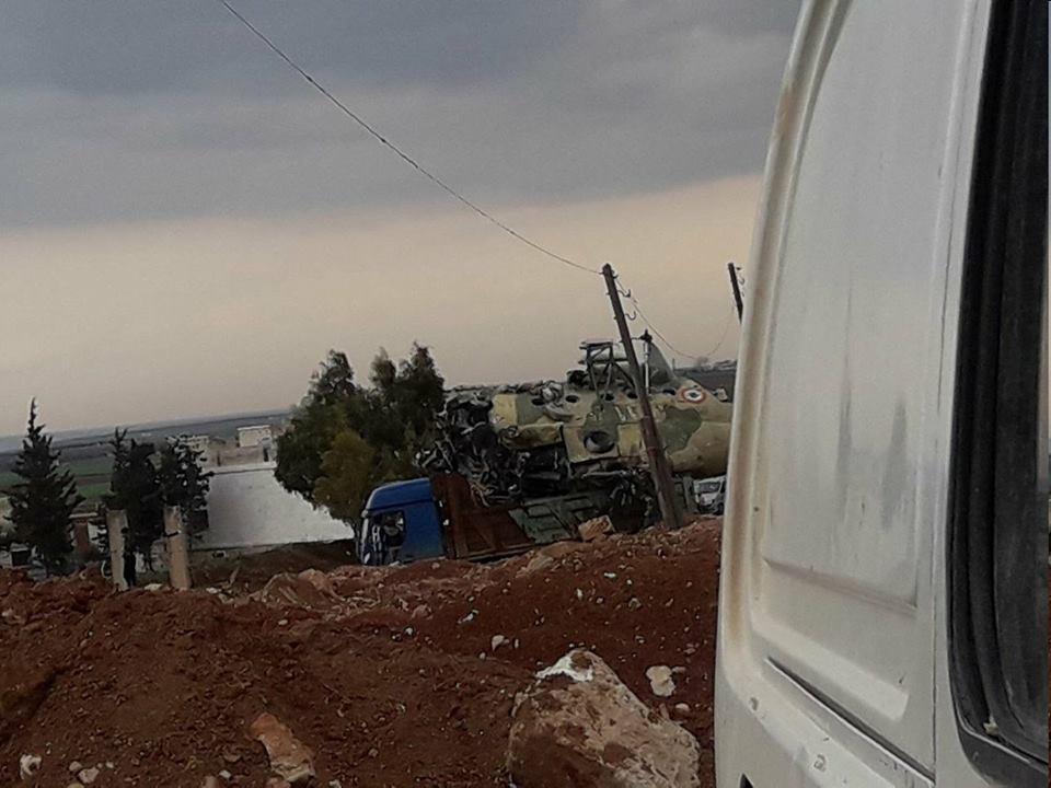 """""""تحرير الشام"""" تنقل طائرات """"تفتناز العسكري"""" إلى جهة مجهولة"""