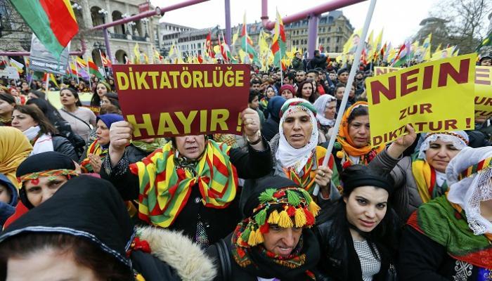 توقعات بمشاركة 15 ألف كردي في مظاهرة ضد تركيا في ألمانيا
