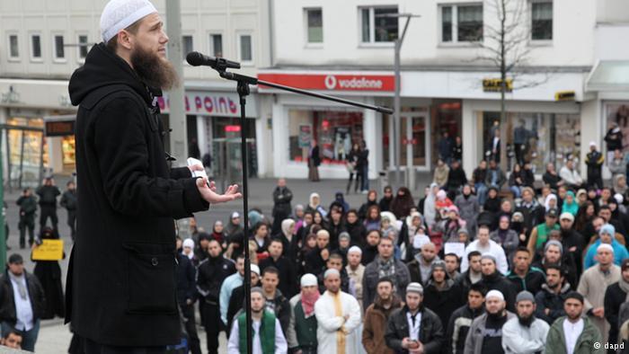 المجلس الأعلى للمسلمين بألمانيا: إذا احترقت المساجد فسيحترق بلدنا