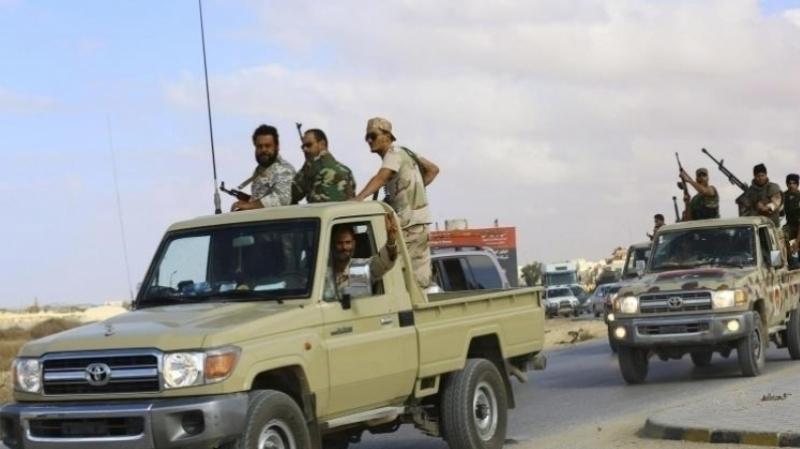 ضباط ليبيون يختتمون اجتماعاتهم بالقاهرة متمسكين بوحدة الجيش