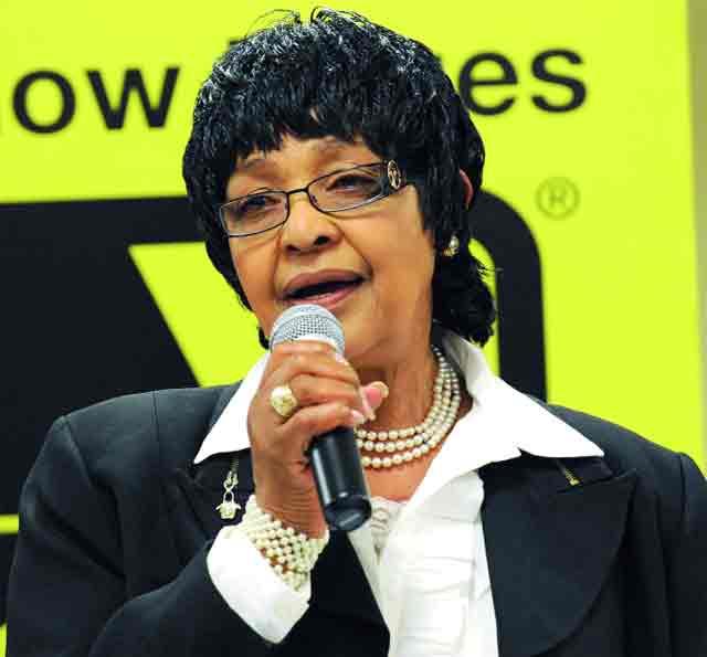جنوب أفريقيا تقيم جنازة رسمية لويني مانديلا