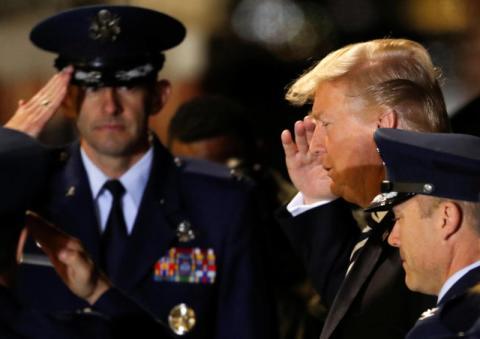 ترامب يهنئ الأمريكيين المفرج عنهم من كوريا الشمالية و كارتر ينتقده