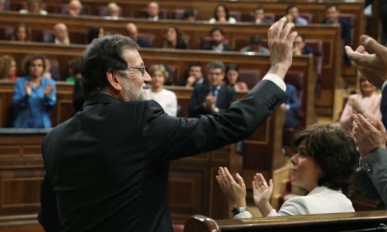 """إزاحة رئيس وزراء إسبانيا باقتراع """"حجب ثقة""""بالبرلمان"""
