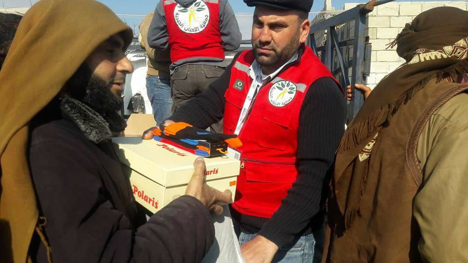 جمعيات واشخاص يستغلون السوريات  مقابل مساعدات غذائية