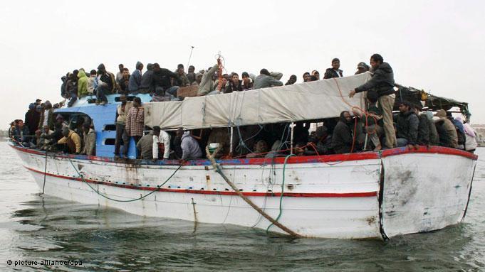 تونس : انتشال 73 جثة جراء غرق قارب مهاجرين غير شرعيين