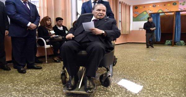 نجل بوضياف:بوتفليقة سيكون مغلوبا على أمره إذا ترشح  للرئاسة
