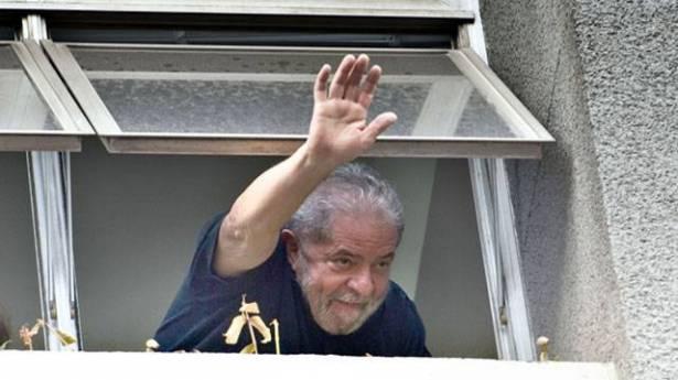 إيقاف قرار إطلاق سراح الرئيس البرازيلي الأسبق لولا دا سيلفا
