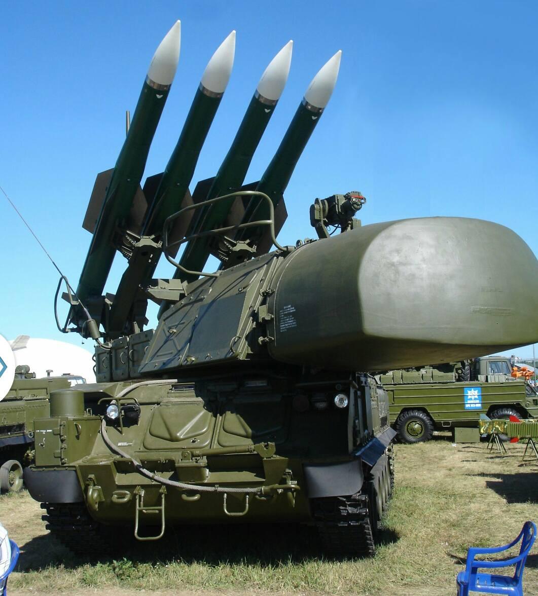 اسقاط صواريخ اسرائيلية كانت تستهدف مطار التيفور