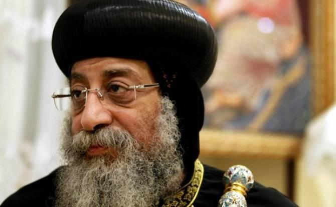 وقف الرهبنة في الأديرة القبطية الأرثوذكسية داخل مصر لمدة عام