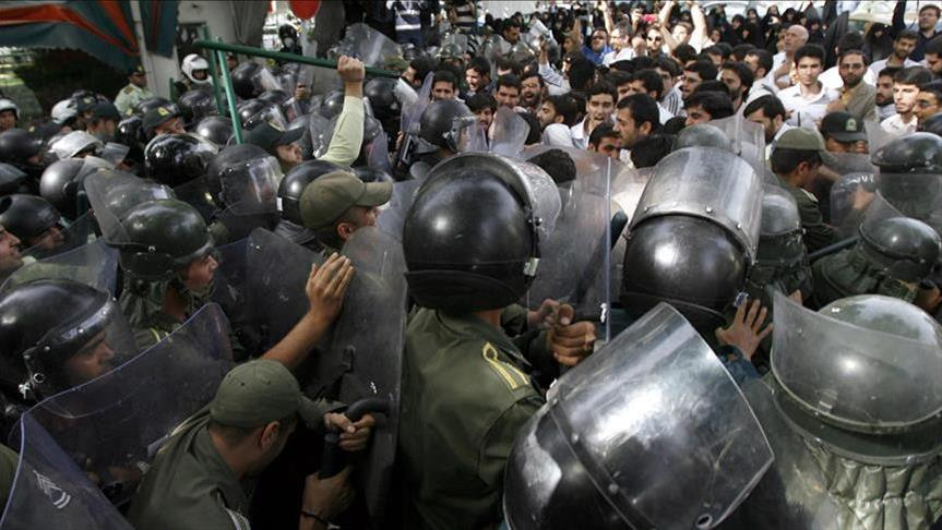 شرارة الاحتجاجات تصل طهران