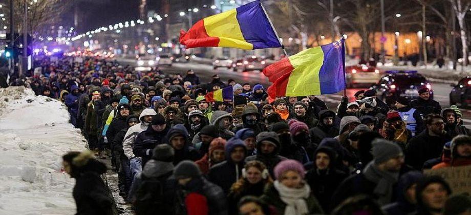 إصابة المئات خلال احتجاجات ضد الفساد في رومانيا