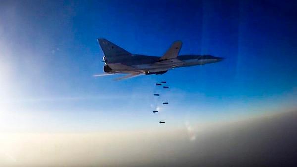 تصاعد الغارات الجوية والقصف بالقرب من محافظة إدلب السورية