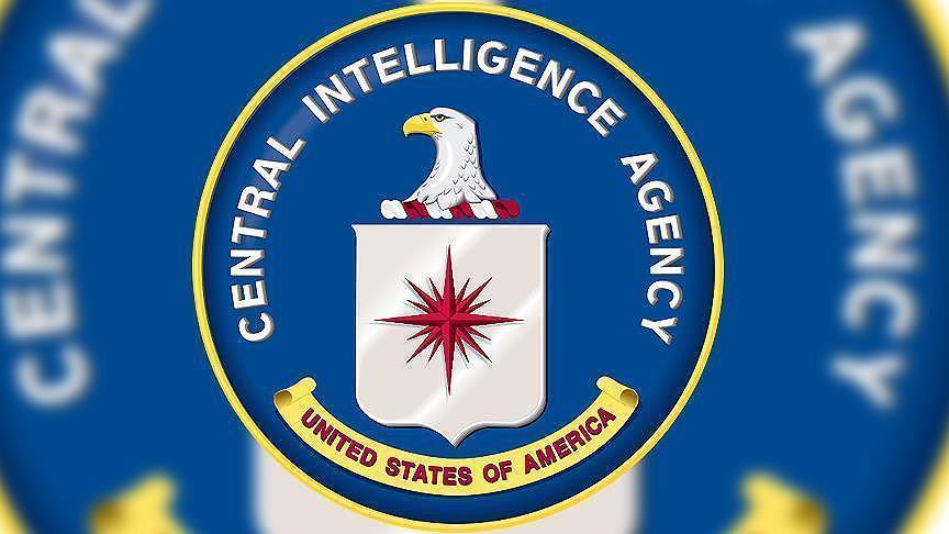 60 مسؤولا سابقا في الاستخبارات  لترامب: بلادنا في خطر