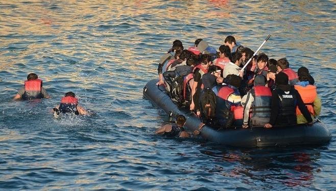 إيطاليا تطالب بتدخل أوروبي لتوزيع مهاجرين أنقذتهم مؤخرا