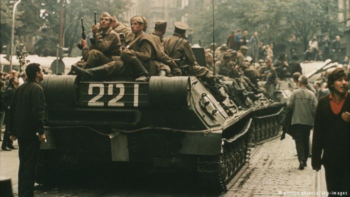 """التشيك وسلوفاكيا تحييان الذكرى الخمسين لسحق """"ربيع براغ"""""""