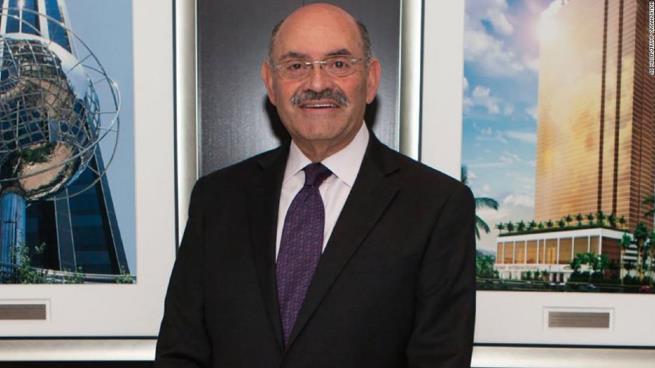 مدير مؤسسة ترامب المالي