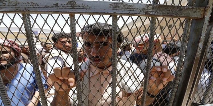 الحوثيون يعلنون الافراج عن 125 شخصاً من المعتقلين