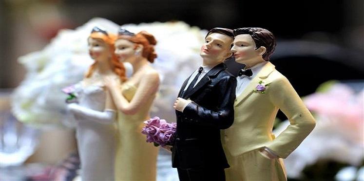رومانيا تجري استفتاء على تشديد حظر زواج المثليين