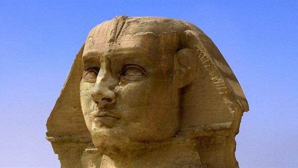 اكتشاف تمثال لأبو الهول في معبد كوم أمبو بأسوان