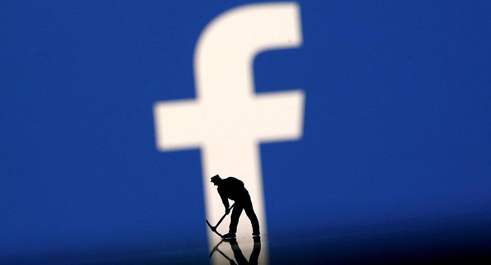 """""""فيسبوك"""" يطور آليات جديدة لمكافحة الأخبار الكاذبة"""