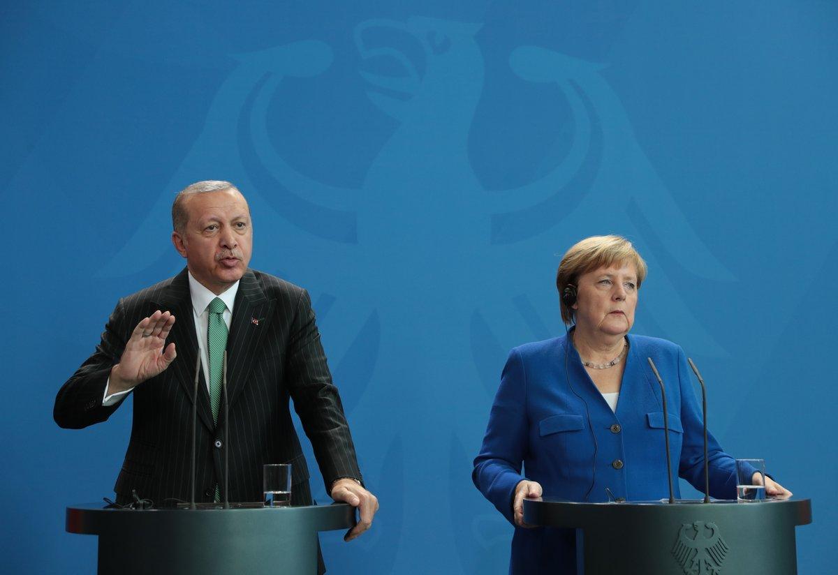 """أردوغان يعتبر زيارته لألمانيا """"ناجحة للغاية"""" رغم التوترات"""