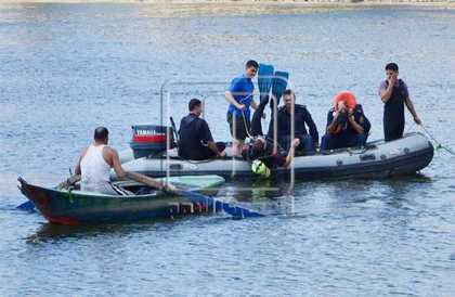 قائد بحري ليبي :احتجاز مركب صيد مصري و10 بحارة على متنه