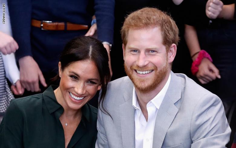 الأمير هاري وزوجته ميجان ينتظران مولودهما الأول