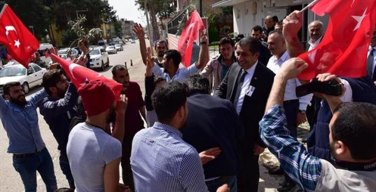 المعارضة التركية  تستهدف السوريين من جديد للضغط على الحكومة