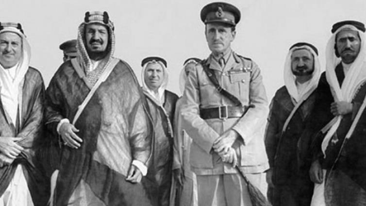 كوكس مع الملك عبدالعزيز