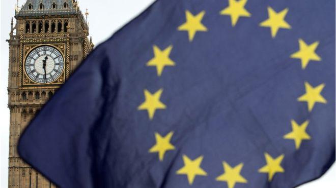 """اتفاقية """"بريكست"""" تكلف بريطانيا 100 مليار استرليني سنوياً"""