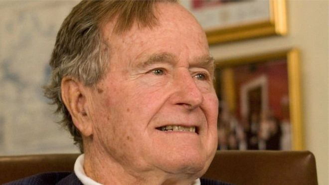 ترامب: طائرة الرئاسة ستنقل نعش بوش الأب إلى واشنطن