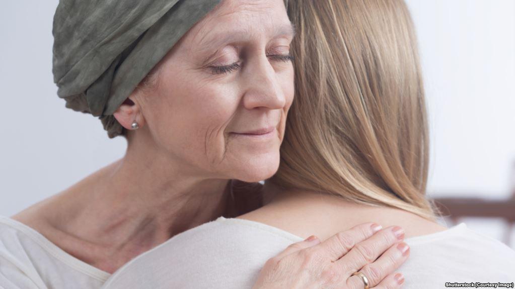 تقرير علمي يظهر ارتفاع خطر الإصابة بالسرطان مع تقدم العمر