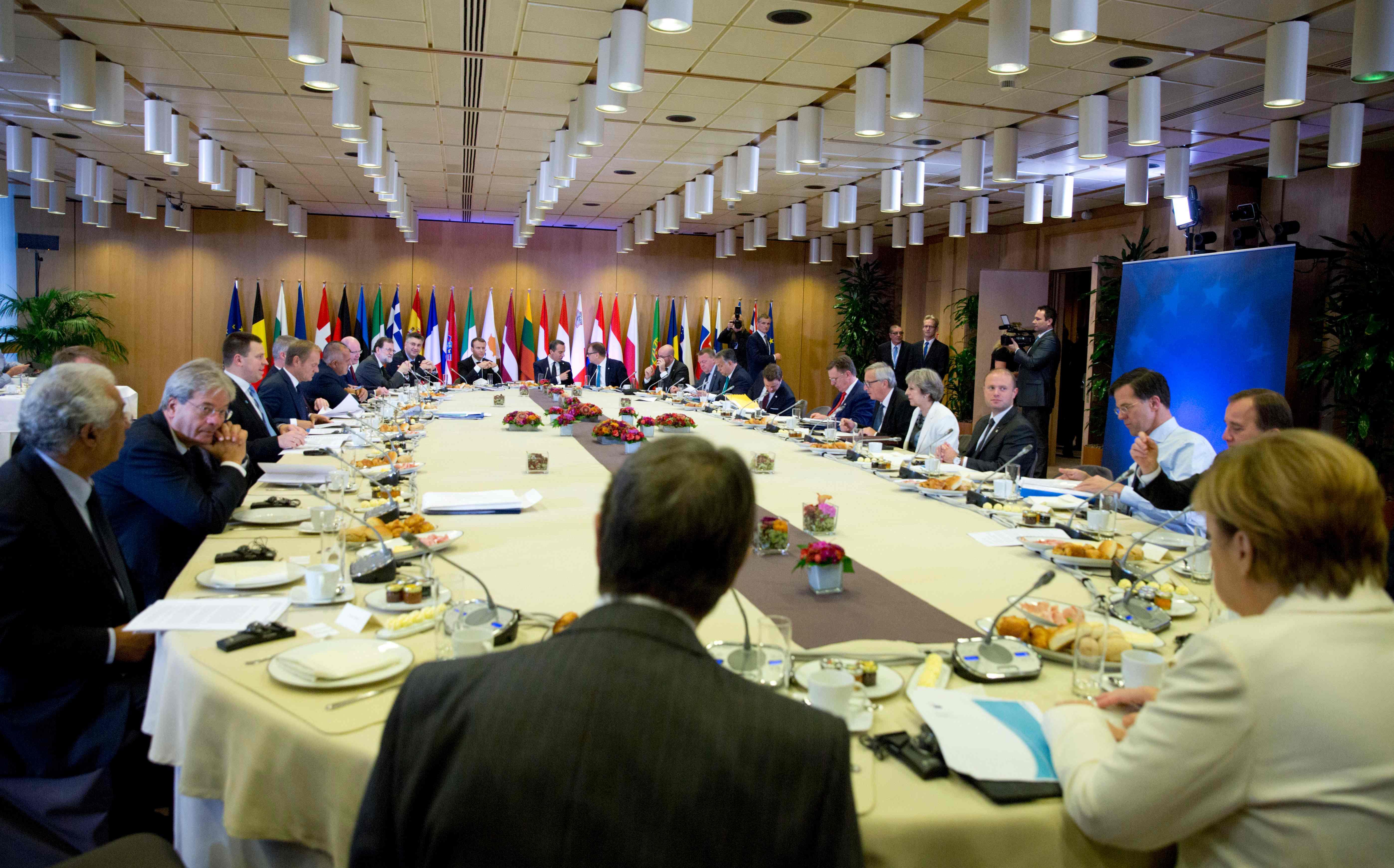 إصلاح منطقة اليورو والهجرة وحماية الحدود على جدول أعمال القمة